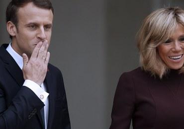Pierwsza Dama Francji nie chce pozostawać w cieniu męża. Dosłownie!