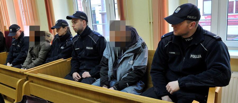 W Szczecinie ruszył proces porywaczy 12-letniej dziewczynki z Golczewa w Zachodniopomorskiem. Na ławie oskarżonych zasiadł Ryszard D. oraz jego partnerka Elżbieta B. Jawność rozprawy została wyłączona.