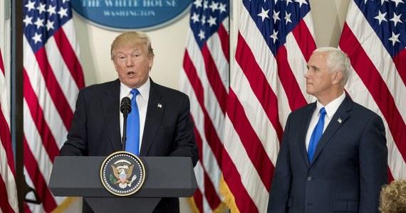 """Prezydent Donald Trump dwukrotnie spotkał się w czwartek z przywódcami Partii Republikańskiej w Kongresie. Jednym z omawianych zagadnień była możliwość znalezienia kompromisu w sprawie """"marzycieli"""" - nielegalnych imigrantów przewiezionych do USA jako dzieci. Prawie 700 tys. tzw. marzycieli - nazywanych tak od akronimu projektu ustawy """"Rozwój, Pomoc i Kształcenie Niepełnoletnich Przybyszy"""" (Development, Relief and Education for Alien Minors) - grozi utrata pozwolenia na pracę i deportacja poczynając od 5 marca b.r., jeśli Kongres do tego czasu nie znajdzie jakiegoś trwałego rozwiązania ich sytuacji."""