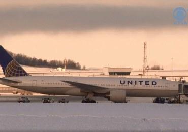Awaryjne lądowanie samolotu na Alasce. Pasażer wysmarował toalety odchodami