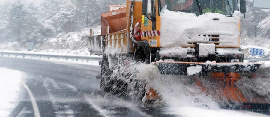 Początek przyszłego tygodnia zwiastuje słoneczną pogodę i temperatury powyżej zera. Śnieg z deszczem może spaść dopiero w środę.