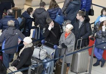 USA: Opóźnione i odwołane loty, awantury i problem Polaków z powrotem do kraju