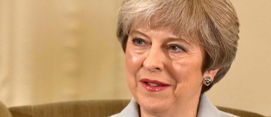 """Brytyjska premier Theresa May potwierdziła w niedzielnym wywiadzie dla telewizji BBC plany rekonstrukcji swojego rządu, mówiąc, że dojdzie do niej """"wkrótce"""". Według mediów zmiany zostaną ogłoszone w poniedziałek i wtorek."""