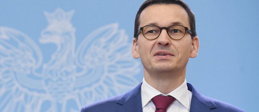 To będzie nowe otwarcie w relacjach z Unią Europejską - tak szef kancelarii premiera Michał Dworczyk komentuje zaplanowane na wtorkowy wieczór spotkanie Mateusza Morawieckiego z szefem Komisji Europejskiej Jeanem-Claudem Junckerem. Głównym tematem rozmowy polityków będzie kwestia praworządności w Polsce.