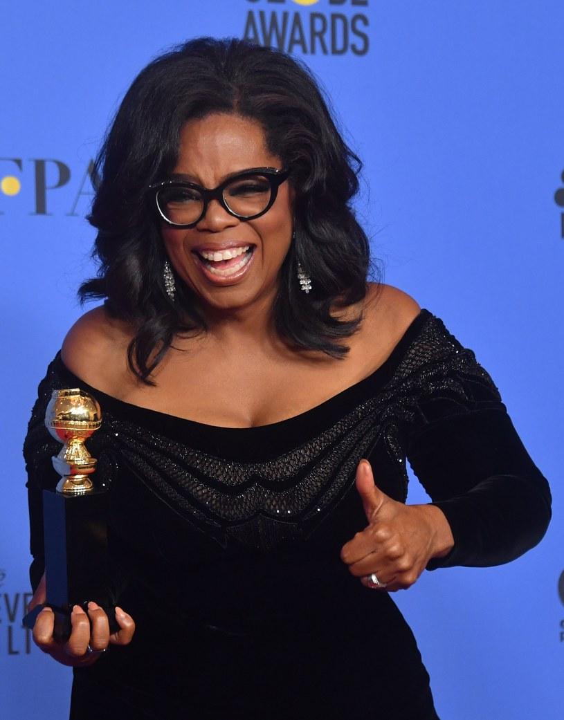 Oprah Winfrey, amerykańska prezenterka i producentka telewizyjna, rozważa udział w wyborach prezydenckich w 2020 roku - poinformowała w poniedziałek telewizja CNN, powołując się na osoby z najbliższego otoczenia miliarderki.