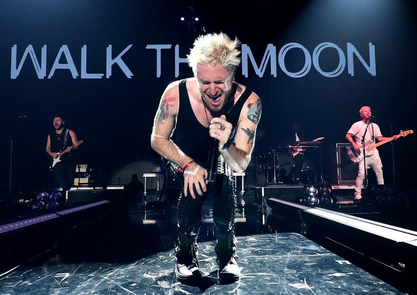 """Znana z przeboju """"Shut Up And Dance"""" amerykańska grupa Walk The Moon 26 marca wystąpi w klubie Palladium w Warszawie."""