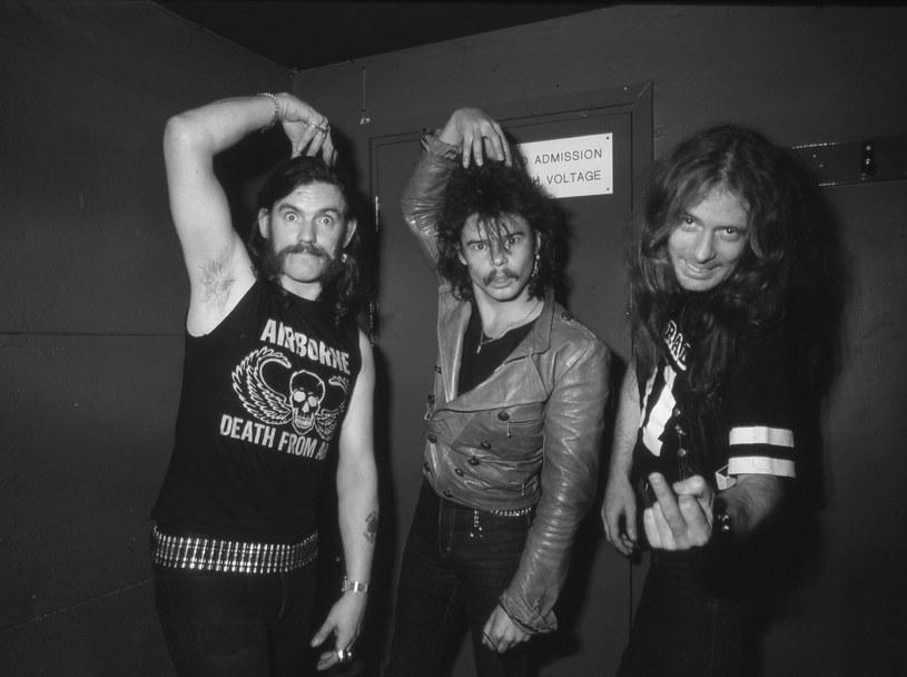"""W wieku 67 lat zmarł """"Fast"""" Eddie Clarke, gitarzysta grupy Motörhead w latach 1976-1982. Brytyjski muzyk przebywał w szpitalu, gdzie leczył zapalenie płuc. Obecnie nie żyje już żaden członek klasycznego składu tej legendarnej formacji."""