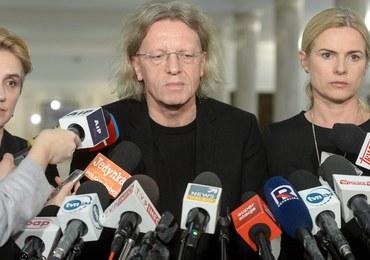 Posłowie Nowoczesnej z zakazem wypowiedzi medialnych. 3 osoby zawieszają członkostwo w klubie