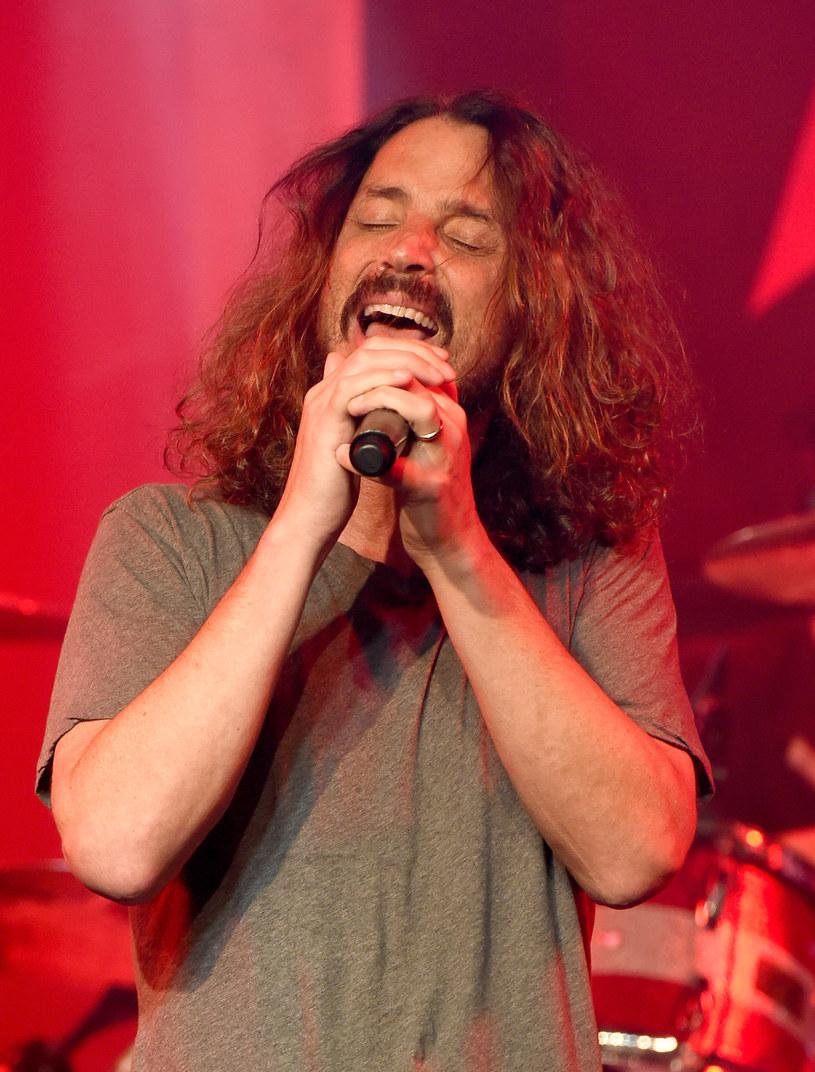 """Do sieci trafiło poruszające wideo nagrane na potrzeby kampanii """"The Promise"""", której celem jest wsparcie ofiar wojen, szczególnie dzieciom. W klipie pojawia się m.in. Chris Cornell, który popełnił samobójstwo w połowie maja 2017 r."""