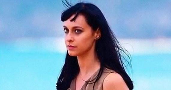"""28-letnia  aktorka Jessica Falkholt, znana z roli w serialu """"Zatoka serc"""", nie żyje."""
