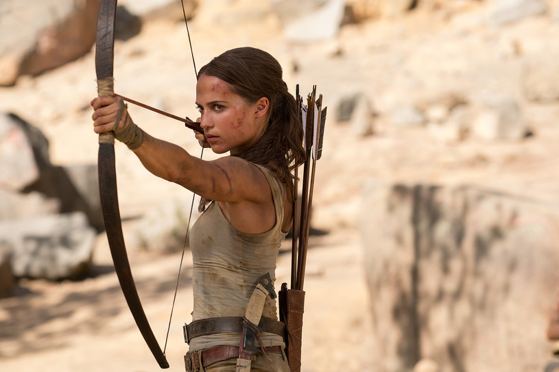 """""""Tomb Raider"""" - film akcji o jednej z najpopularniejszych postaci popkultury - do polskich kin trafi  6 kwietnia a nie, jak pierwotnie planowano - 16 marca."""