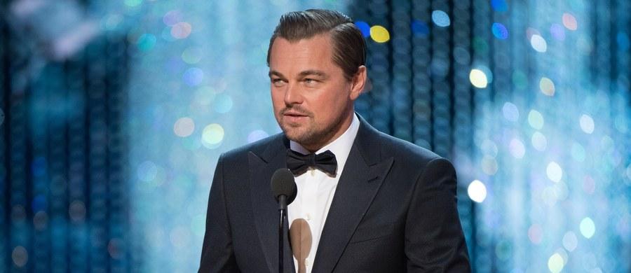 """Szykuje się wielki powrót na ekrany jednego z najpopularniejszych aktorów Hollywood. Leonardo DiCaprio wystąpi w filmie o grupie Charlesa Mansona - informuje magazyn """"Variety"""". Reżyserem obrazu będzie legendarny Quentin Tarantino."""