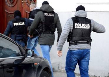 Napad na konwój bankowy w Płocku. Szajka wpadła przez… samochód