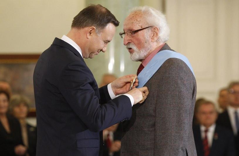 """""""Z okazji 90. rocznicy urodzin pragnę złożyć Panu najserdeczniejsze życzenia, przekazać wyrazy szczerego uznania i podziękować za wszystkie lata Pana dotychczasowej działalności artystycznej"""" - napisał prezydent Andrzej Duda w liście do aktora Franciszka Pieczki."""