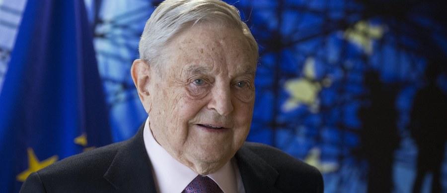 Premier Węgier Viktor Orban zasugerował, że zakaz wstępu do kraju, przewidziany w zaproponowanych przez rząd ustawach wymierzonych w organizacje wspierające nielegalną imigrację, może dotyczyć też amerykańskiego finansisty George'a Sorosa.