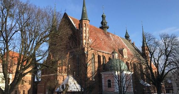 W cyklu Twoje Niesamowite Miejsce odwiedziliśmy dzisiaj Warmię i jej najważniejszy kościół - archikatedrę położoną na wzgórzu katedralnym.