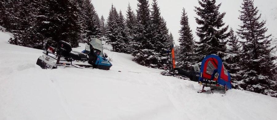 Polski skialpinista zginął w lawinie w słowackich Tatrach. Do tragedii doszło w Dolinie Żarskiej.