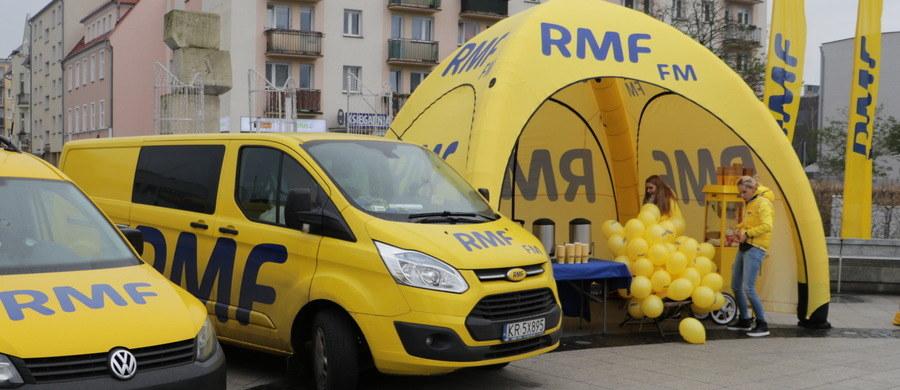 Ropczyce, Pabianice, Opoczno, Bielawa, Ośno Lubuskie, a może Puszczykowo? Znów to Wy zdecydujecie, skąd nadamy Twoje Miasto w Faktach RMF FM! Już w sobotę jedną z tych miejscowości odwiedzi żółto-niebieski konwój RMF FM i nasz reporter, który opowie o lokalnych atrakcjach. Na Wasze głosy czekamy do czwartkowego południa.