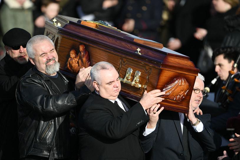 23 stycznia w Ballybricken odbyła się prywatna uroczystość pogrzebowa wokalistki The Cranberries, Dolores O'Riordan. Gwiazda zmarła 15 stycznia.