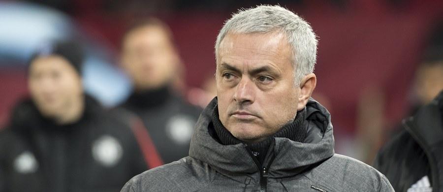 """Jose Mourinho przedłużył kontrakt z Manchesterem United do 2020 roku. """"Jestem naprawdę zaszczycony i dumny, że mogę być trenerem tego zespołu"""" - powiedział Portugalczyk."""