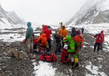 Ratownicy z Nanga Parbat wciąż nie mogą wrócić pod K2. Winna pogoda