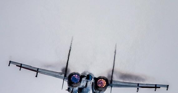 """Amerykański Departamentu Stanu wyraził zaniepokojenie """"niebezpiecznymi praktykami rosyjskiego lotnictwa"""". Oświadczenie zostało wydane, gdyż w poniedziałek rosyjski myśliwiec zbliżył się na niebezpieczną odległość do samolotu marynarki wojennej USA."""