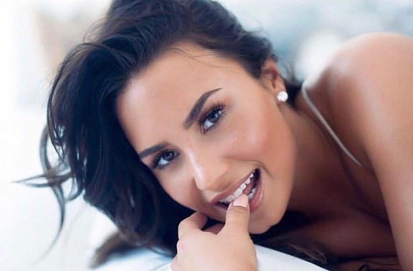 Demi Lovato szykuje dla swoich fanów niespodziankę? Wokalistka opublikowała w mediach społecznościowych zdjęcie, którym zapowiada spore ogłoszenie.
