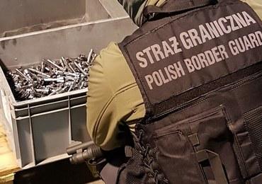 Poznań: Na lotnisku udaremniono wywóz broni