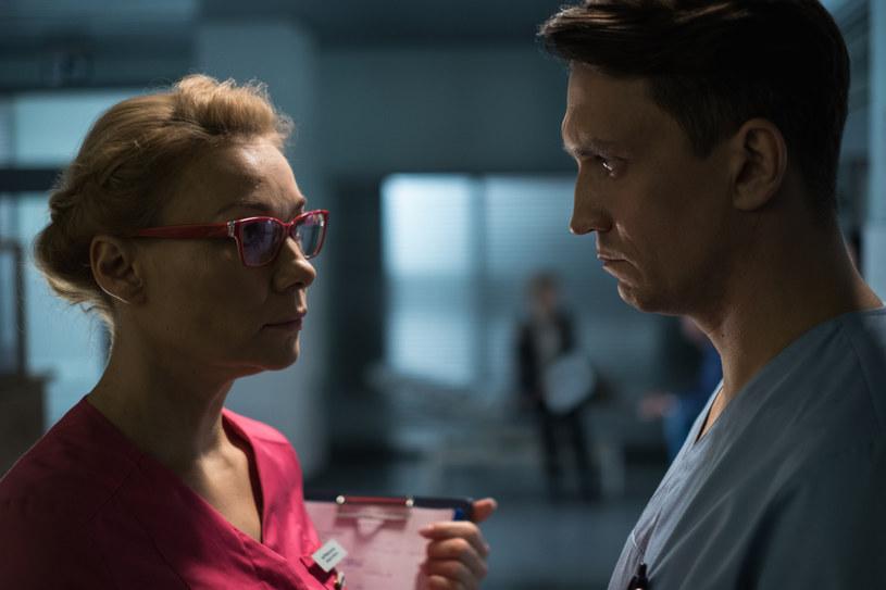 Serialowa Wanda Jureczko to twarda, charakterna Ślązaczka z dużym poczuciem humoru. Sonia Bohosiewicz znakomicie odnalazła się w roli siostry oddziałowej, która bez wątpienia nie tylko poprzez różowy kolor fartucha dodaje energii i kolorytu całej ekipie medyków. Prywatnie Wanda jest mężatką i zmaga się z różnymi życiowymi trudnościami.
