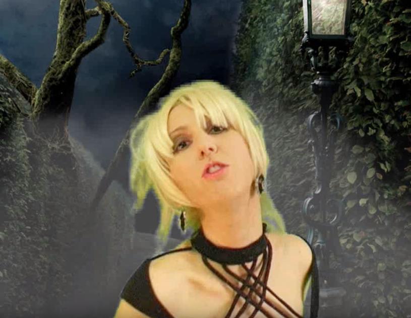 """Pochodząca z Włoch wokalistka Marzia Gaggioli zaprezentowała najnowszy teledysk """"Labirynt""""."""