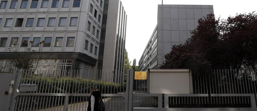 Niemiecki kontrwywiad uważa, że ambasada Korei Płn. w Berlinie była prawdopodobnie punktem przerzutowym służącym do zaopatrywania reżimu w materiały do produkcji broni atomowej - powiedział szef Federalnego Urzędu Ochrony Konstytucji (BfV) Hans-Georg Maassen. Maassen udzielił wywiadu telewizji publicznej NDR.