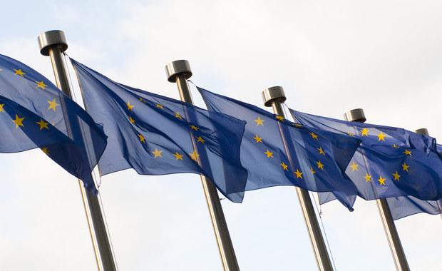 Szef polskiej dyplomacji Jacek Czaputowicz spotka się w środę wieczorem z szefem belgijskiej dyplomacji Didierem Reyndersem. Rozmowa poprzedzi czwartkową serię spotkań z wiceszefem KE Fransem Timmermansem i unijnymi komisarzami.