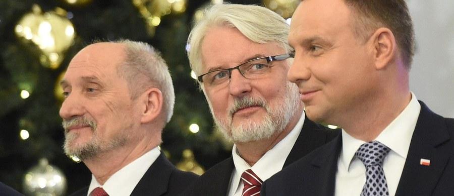 Były szef MON Antoni Macierewicz zasiądzie w sejmowej komisji obrony narodowej, a były szef MSZ Witold Waszczykowski - w komisji spraw zagranicznych - zdecydowali w czwartek posłowie.