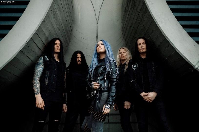 Pochodząca ze Szwecji metalowa grupa Arch Enemy zagra w połowie czerwca dwa koncerty w naszym kraju.