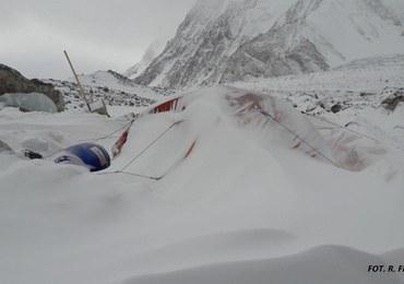 Wyprawa na K2. Działalność górska na drodze Basków zawieszona