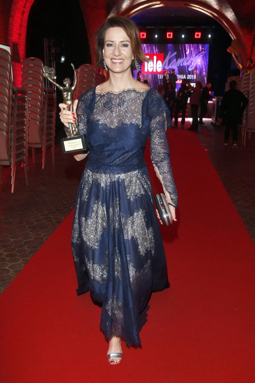 """- Przede wszystkim jestem ogromnie wzruszona i wdzięczna - powiedziała Maja Ostaszewska, która 12 lutego odebrała Telekamerę """"Tele Tygodnia"""" 2018 dla najlepszej aktorki."""