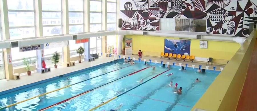 Dwoje ratowników, którzy usłyszeli zarzuty nieumyślnego spowodowania śmierci 14-latka na basenie w Rybniku, przyznało się do winy – ujawniła prokuratura. Do tragedii doszło w miniony weekend podczas zamkniętych zajęć klubu pływackiego.
