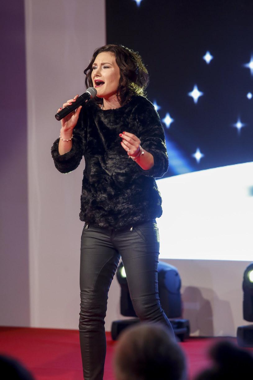 """Poniżej możecie posłuchać piosenki """"Momentum"""", propozycji Moniki Urlik na Eurowizję."""