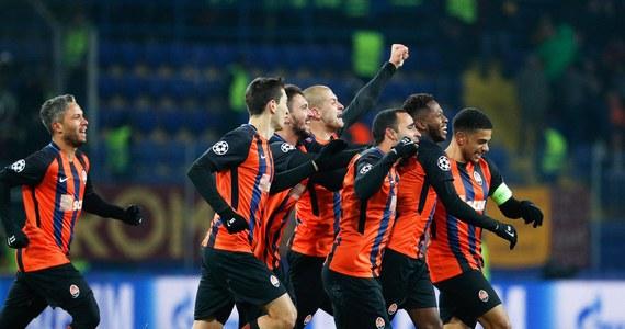 Sevilla bezbramkowo zremisowała na własnym boisku z Manchesterem United, a Szachtar Donieck pokonał w Charkowie Romę 2:1 w środowych meczach 1/8 finału piłkarskiej Ligi Mistrzów. Rezerwowym bramkarzem rzymian był Łukasz Skorupski.