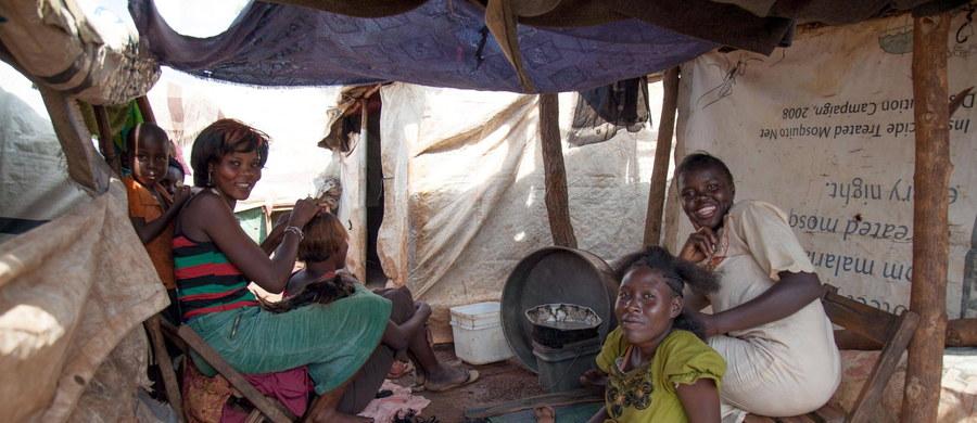 Klęska głodu najpewniej powróci do Sudanu Płd. w ciągu kilku miesięcy; 155 tys. ludzi zacznie cierpieć głód już między majem a lipcem - ostrzegła w poniedziałek specjalna grupa robocza ONZ, w której znaleźli się też przedstawiciele władz południowosudańskich.