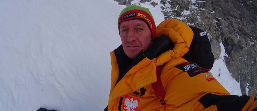 Postawa Denisa Urubki nie jest normalna - uważa jedna z najwybitniejszych w historii himalaistek Anna Czerwińska. Jak podkreśliła, chociaż Urubko uratował jej życie, to jednak wobec kolegów-uczestników narodowej wyprawy na niezdobyty zimą szczyt w Karakorum K2 zachował się nie fair.