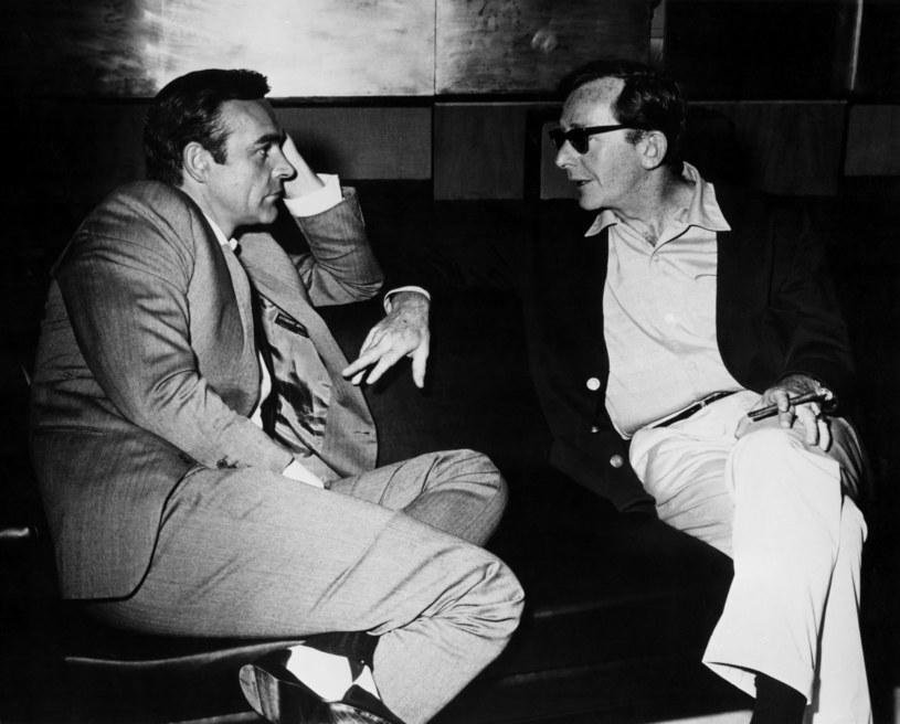 W wieku 97 lat zmarł Lewis Gilbert, który wyreżyserował kilkadziesiąt filmów, w tym trzy filmy z serii o tajnym agencie Jamesie Bondzie - informuje we wtorek AP, powołując się na współpracowników reżysera. Media donoszą, że Gilbert zmarł w piątek w Monako.