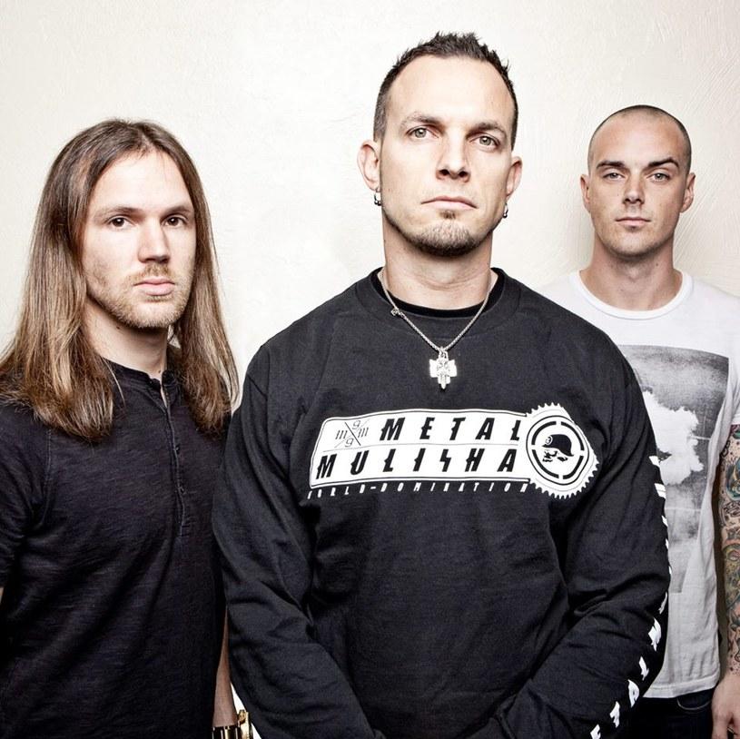 Tuż po występie w roli supportu Iron Maiden w Krakowie, amerykańska grupa Tremonti da własny koncert 29 lipca w klubie Hybrydy w Warszawie.