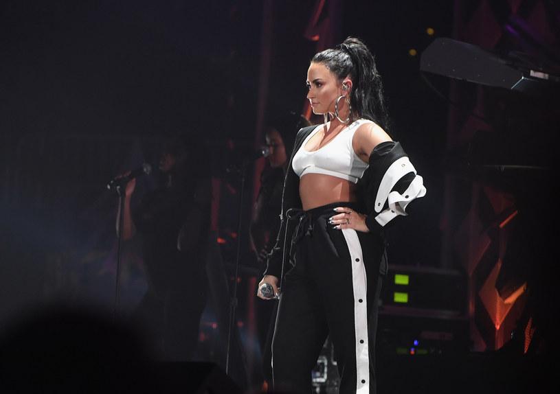 """Demi Lovato 26 lutego rozpoczęła swoją światową trasę koncertowa promującą album """"Tell Me You Love Me"""". Wokalistka intensywnie promuje występy także w sieci, a robi to za pomocą odważnych fotografii."""