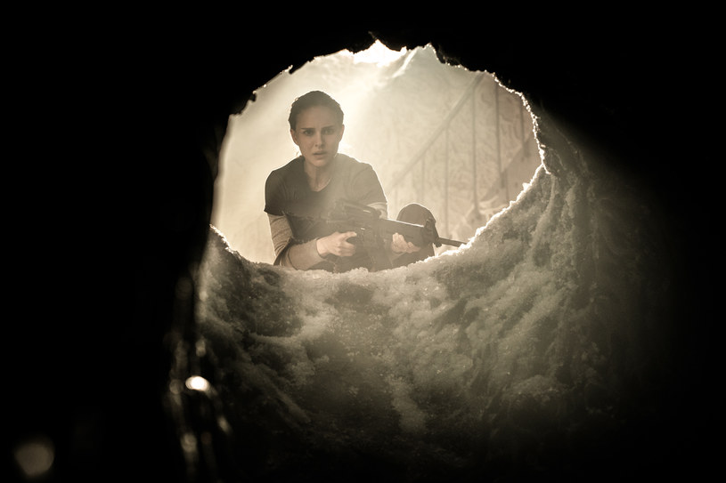 """Głośna produkcja science-fiction """"Anihilacja"""", z Natalie Portman w roli głównej, będzie dostępna w serwisie Netflix już 12 marca."""