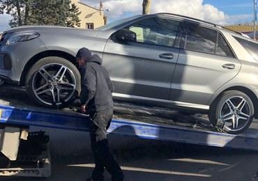 CBŚP zatrzymało członków grupy wyłudzającej luksusowe samochody