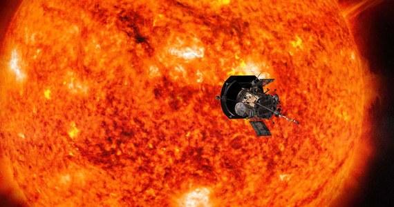 NASA zaprasza do wspólnej podróży: oferuje wyprawę w stronę Słońca na pokładzie sondy Parker Solar Probe, która w kierunku naszej gwiazdy wyruszy latem. Nazwiska wszystkich chętnych, którzy zarejestrują się na specjalnej stronie internetowej, znajdą się na karcie pamięci, którą pojazd zabierze ze sobą. Jego misja ma odpowiedzieć na szereg pytań związanych z naszą gwiazdą: w tym celu sonda przeleci przez atmosferę Słońca, zderzy się brutalnym żarem i olbrzymim promieniowaniem. Będzie gorąco...