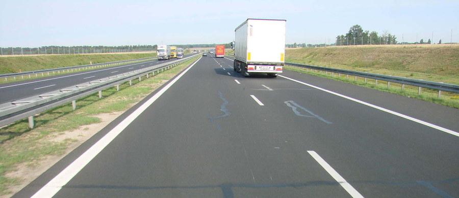 W niedawno wszczętym śledztwie dot. budowy i eksploatacji autostrady A2 przez spółkę Autostrada Wielkopolska prokuratura zajmuje się także autostradą A4 Katowice - Kraków - poinformowała w piątek Prokuratura Regionalna w Szczecinie.
