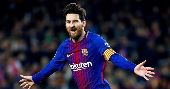 Piłkarz lidera hiszpańskiej ekstraklasy Barcelony Argentyńczyk Lionel Messi po raz trzeci został ojcem. W sobotę jego żona Antonella Roccuzzo urodziła syna Ciro. Poinformowała o tym za pośrednictwem Twittera jej siostra Carla.