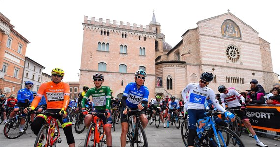 Rafał Majka (Bora-Hansgrohe) zajął drugie miejsce na czwartym, królewskim etapie wyścigu kolarskiego Tirreno-Adriatico, z metą na przełęczy Sassotetto. Na drugą pozycję w klasyfikacji generalnej awansował Michał Kwiatkowski (Sky).